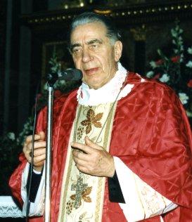 L'indimenticabile Monsignor Antonio Riboldi festeggia il 16 gennaio 2013 i suoi 90 anni di vita.Auguri sinceri. riboldi_gn2